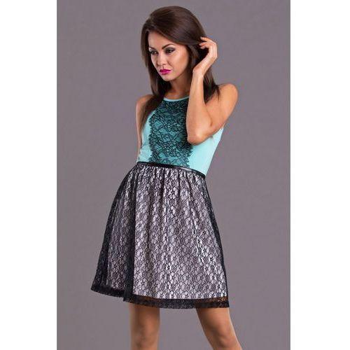 Sukienki w rozmiarze 40